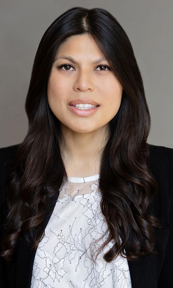 Stephanie Ng, Associate